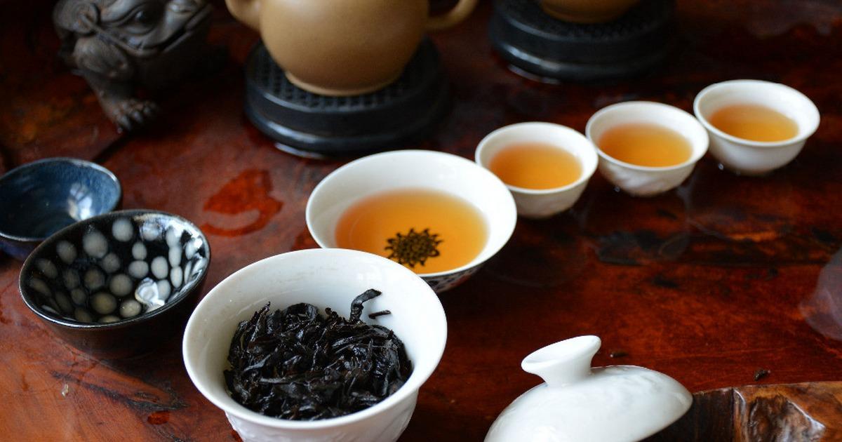 -Da-Hong-Pao-Tea–robe-Chinese-Tea